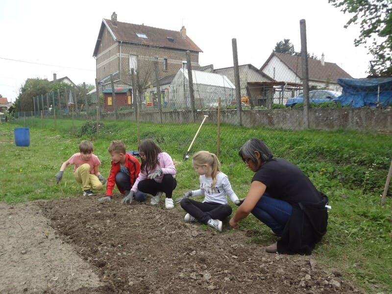 potager pédagogique du 23 avril 2019-Mairie Charmes Aisne_13