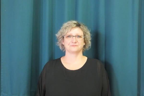 12 - Mme Isabelle MOUTON, Conseillère municipale - Commune de Charmes 02800